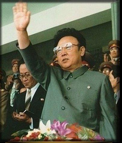 kim-jong-il_hitler