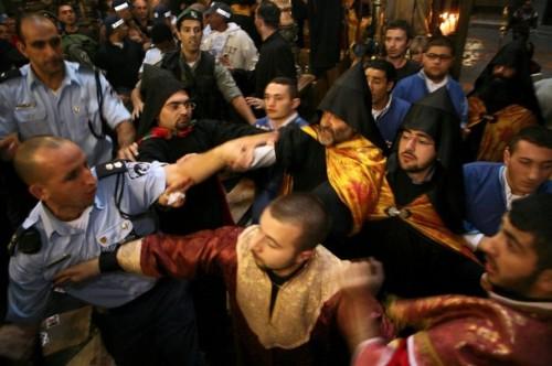 MIDEAST-JERUSALEM-RELIGION-HOLY SEPULCHRE-CONFLICT