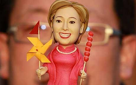 clinton-doll_