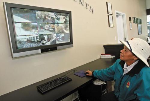 Atlanta surveillance cameras monitor