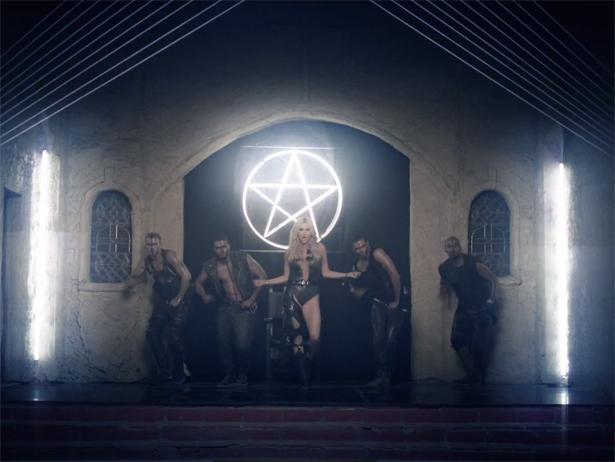 Bailamos..!! - Página 40 Kesha-witch