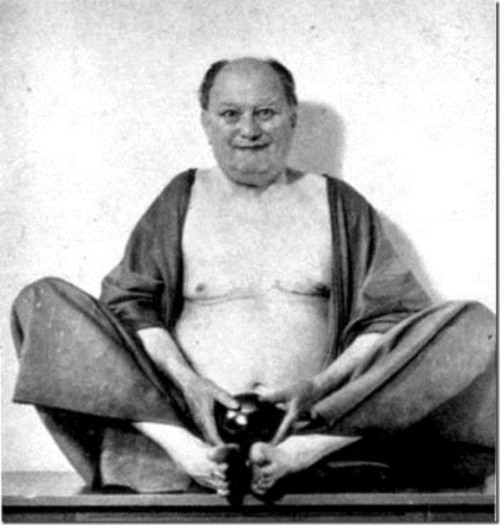 aleister-crowley_thumb